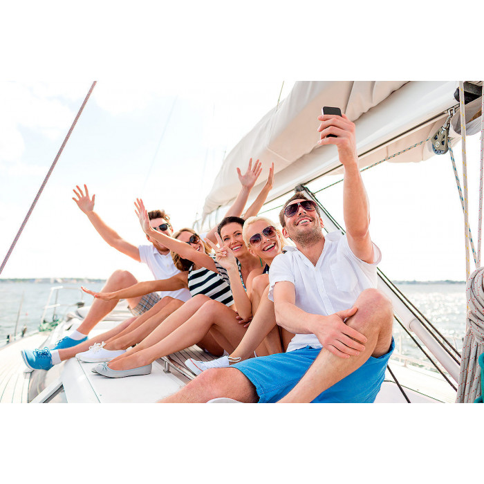 Прогулка на парусной яхте по Финскому заливу для 3 - 6 человек