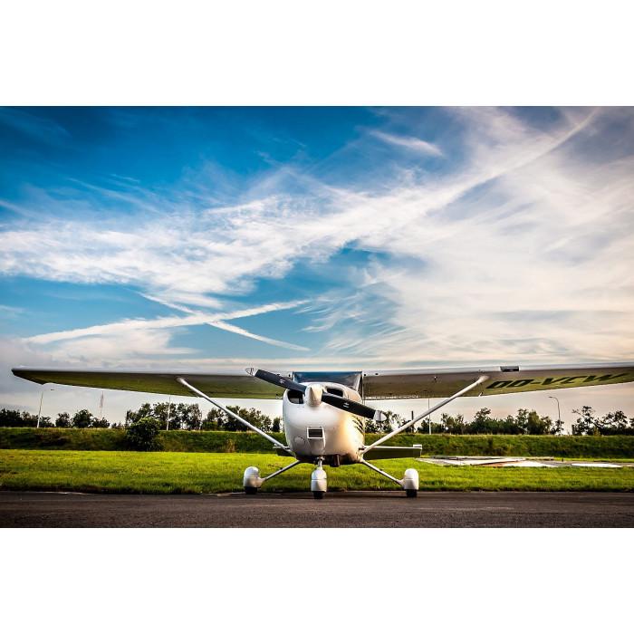Захватывающий полет на самолете cessna 150 над Кронштадтом и Финским заливом.